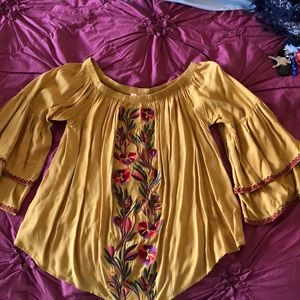 Solitaire Peasant Blouse (Gold) embroidered.